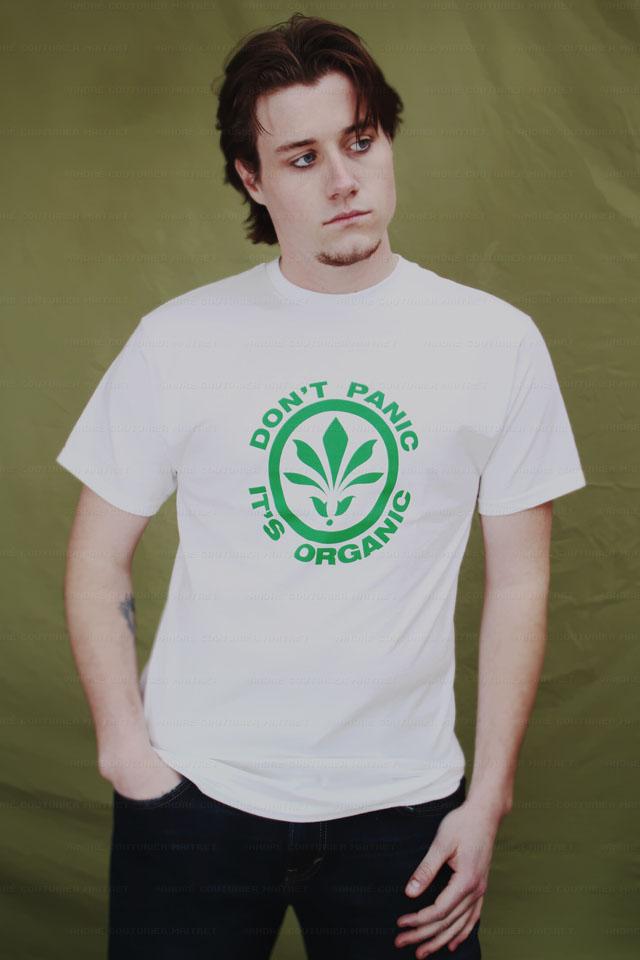 dontpanic-shirt-guy-white_6087