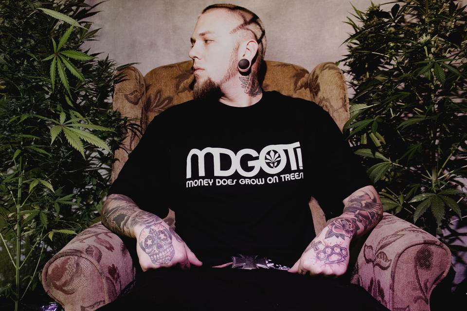 MDGOT-Scott-Chair01
